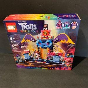 LEGO Trolls World Tour City Concert